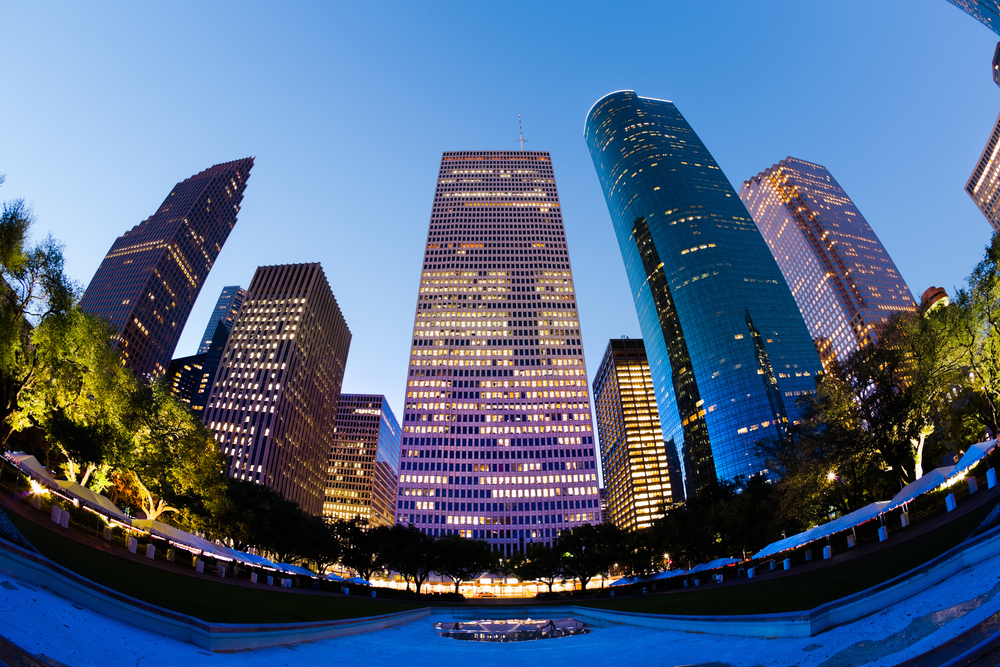 Houston Leads Nation for 2016 Completions as Rents Continue to Slide
